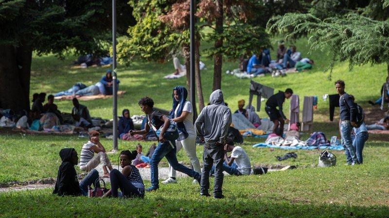 Rédigé sous la houlette du Haut commissariat aux réfugiés, basé à Genève et dirigé par l'Italien Filippo Grandi, le Pacte mondial sur les réfugiés a pour objectif de favoriser une réponse internationale adéquate aux mouvements massifs de réfugiés et aux situations de réfugiés prolongées.