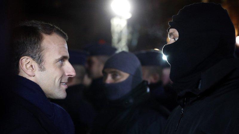 La popularité du Président français, Emmanuel Macron est en chute libre (ici en visite à Strasbourg le 14 décembre suite à l'attaque du marché de Noël).