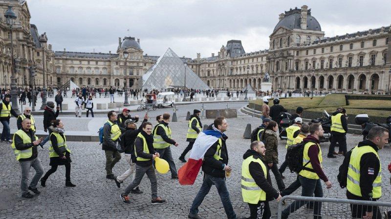 A Paris, les gilets jaunes étaient à peine 2000 ce samedi après-midi.