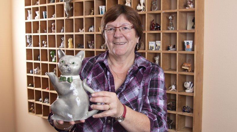 Dans son appartement à Begnins, Françoise Barbay vit avec plusieurs centaines de chats