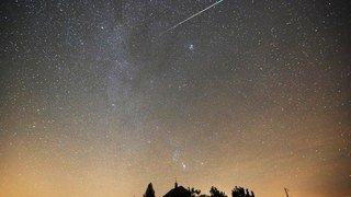 Astronomie: une pluie d'étoiles filantes, les Géminides, va illuminer le ciel cette nuit