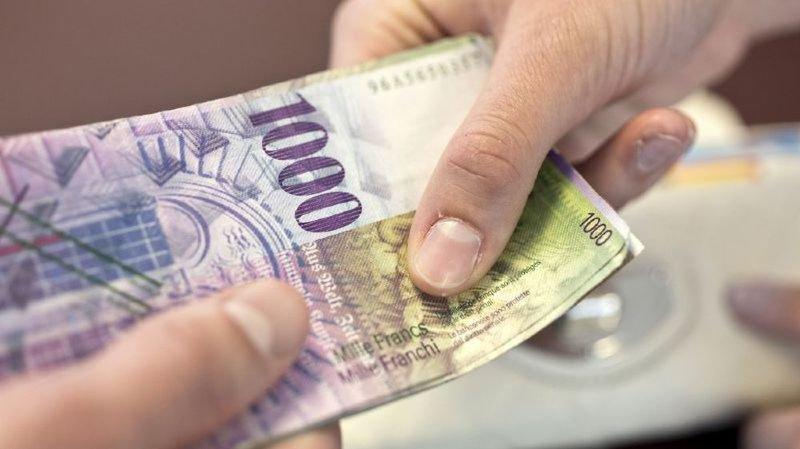 Vos dettes: 90% des Suisses ignorent que les banques, assurances et même les boutiques en ligne ont accès à vos données