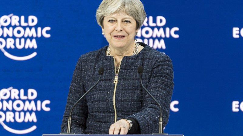 Forum économique de Davos: après Trump et Macron, la Première ministre britannique Theresa May annule sa participation