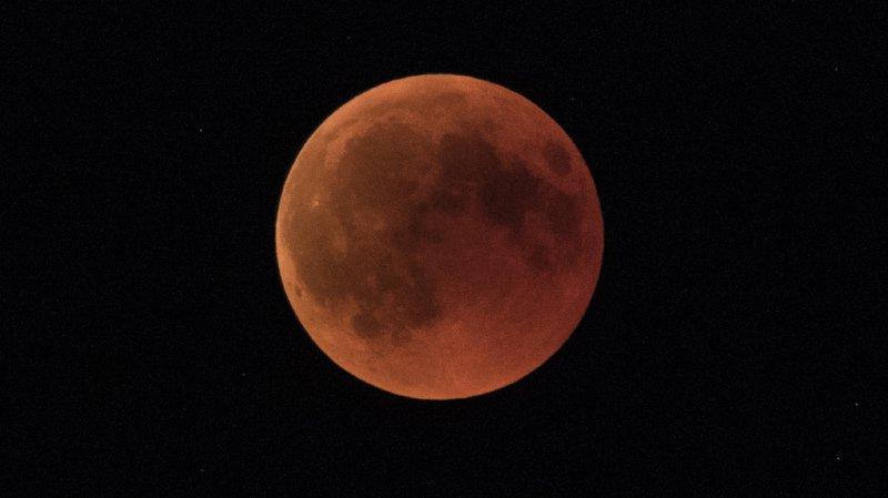 Espace: une éclipse totale de Lune attendue dans la nuit de dimanche à lundi, la prochaine pas avant 2022