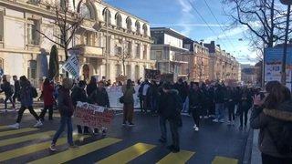 Climat: les gymnasiens font grève
