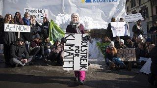 WEF 2019: Greta Thunberg manifeste à Davos avec des élèves suisses