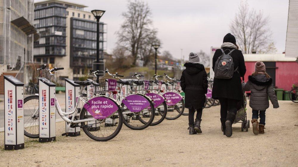 Le réseau a été lancé en 2011 avec 13 stations et 150 vélos.
