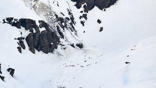 Crans-Montana (VS): avalanche sur les pistes, 4 blessés, dont un pronostic vital engagé, les recherches continuent