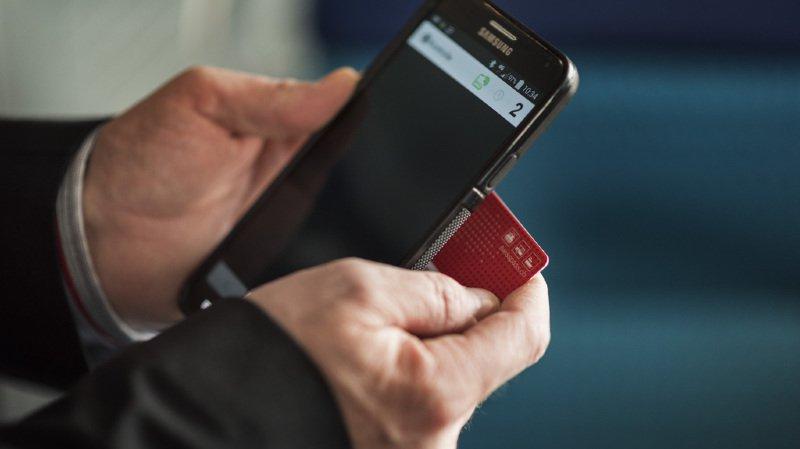 Trafic ferroviaire: les CFF offrent un bon de 15 francs pour les détenteurs d'un demi-tarif