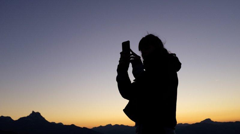 Swisscom étend la réduction de ses frais de roaming à de nouvelles zones géographiques
