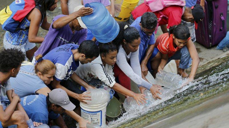 Panne d'électricité au Venezuela: sixième jour de crise et cruel manque d'eau
