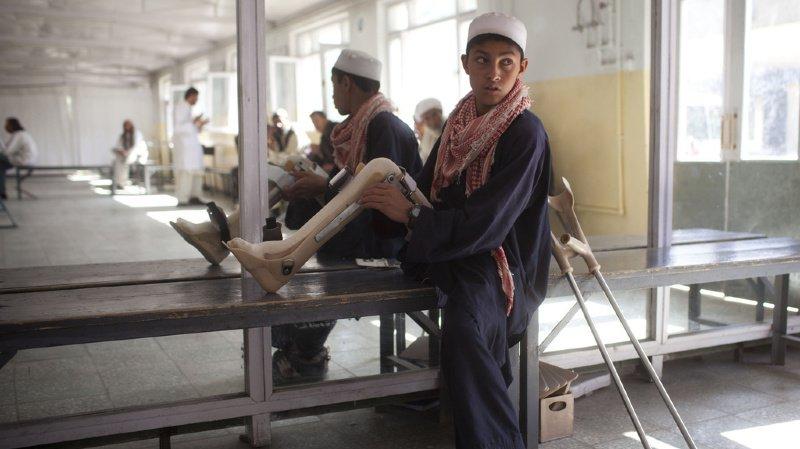 Afghanistan: les talibans interdisent au CICR et à l'OMS d'exercer.