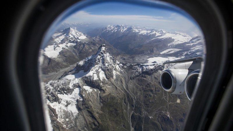 Climat: les déplacements du personnel fédéral correspondent à trois vols Genève-Zurich par semaine