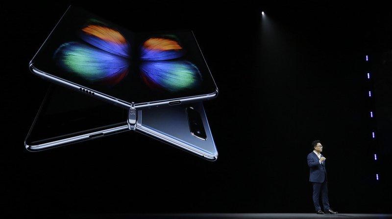 Technologies: Samsung repousse le lancement du Galaxy Fold, son modèle pliable