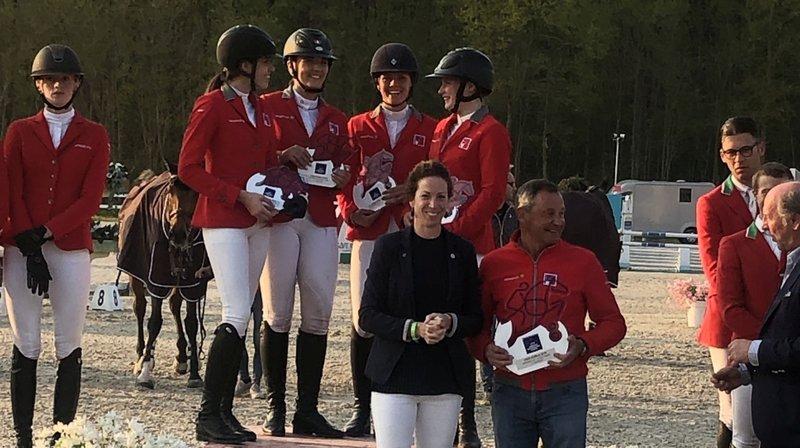 Alexandra Amar et Aurélie Rytz (première et deuxième depuis la gauche) ont connu les joies du podium.