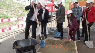 Lausanne: premier coup de pioche pour l'hôpital des enfants sur le site du CHUV