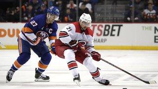 Hockey - NHL: Nino Niederreiter et Carolina en finale de la Conférence Est