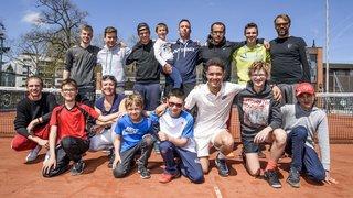 Des jeunes morgiens prennent leur quartier à la Rafa Nadal Academy