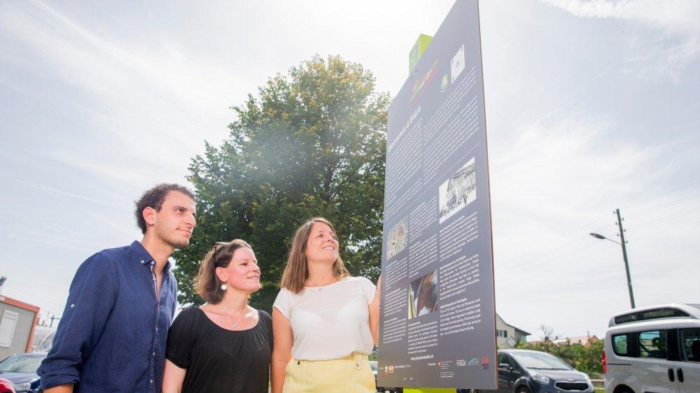 Treize panneaux informatifs ont été placés dans des communes du Parc Jura vaudois, sur le district de Morges. Couplés à un guide virtuel, ils proposent des balades thématiques aux visiteurs.