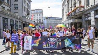 Zurich: des milliers de personnes pour l'égalité des droits