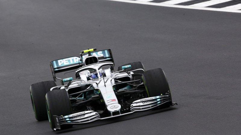 Valtteri Bottas en action sur le circuit du Grand Prix de Grande-Bretagne de Formule 1.