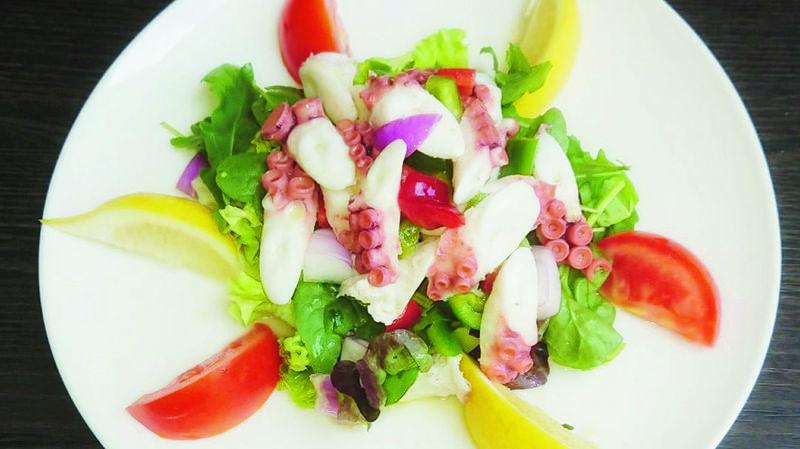 Salade de poulpe estivale