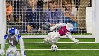 Des robots pourraient battre les champions du monde de football... en 2050