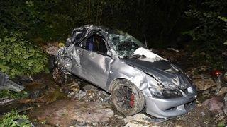 Sortie de route: un mort et un blessé grave à Innerthal (SZ)