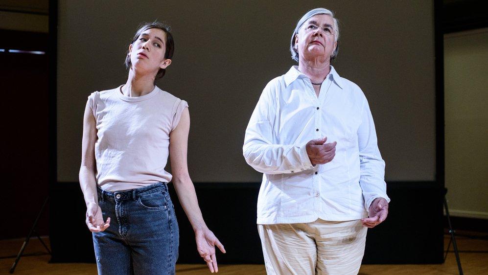 """Dans """"Sketch of Togetherness"""", Claire Dessimoz et Catherine Labouchère mettent en scène leur rencontre. Et confrontent leurs mondes."""