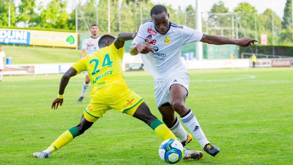 Daniel Titié (en blanc) et le Stade veulent passer l'épaule face à Mutschellen.