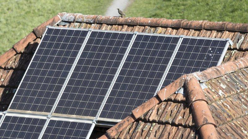 Climat: la Suisse peut atteindre ses objectifs avec des panneaux solaires sur les toits