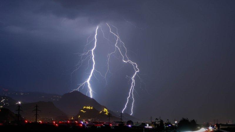 Plus de 7500 éclairs ont été enregistrés.