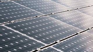 Energie: le solaire progresse en Suisse, mais trop lentement pour remplacer le fossile et le nucléaire