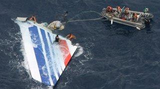 Crash du Rio-Paris: demande de procès contre Air France et un non-lieu pour Airbus