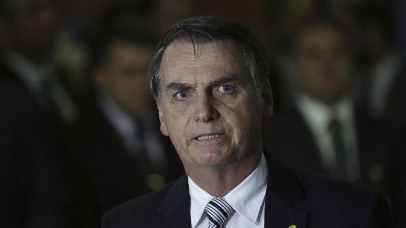 Brésil: des incendies ravagent l'Amazonie et Bolsonaro s'en prend aux ONG