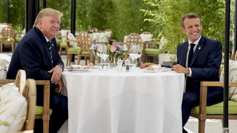 Le président américain a rejoint dès son arrivée Emmanuel Macron pour un déjeuner en tête-à-tête improvisé de deux heures.