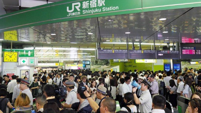 Japon: 17'000 personnes bloquées des heures dans un aéroport à cause du typhon Faxai