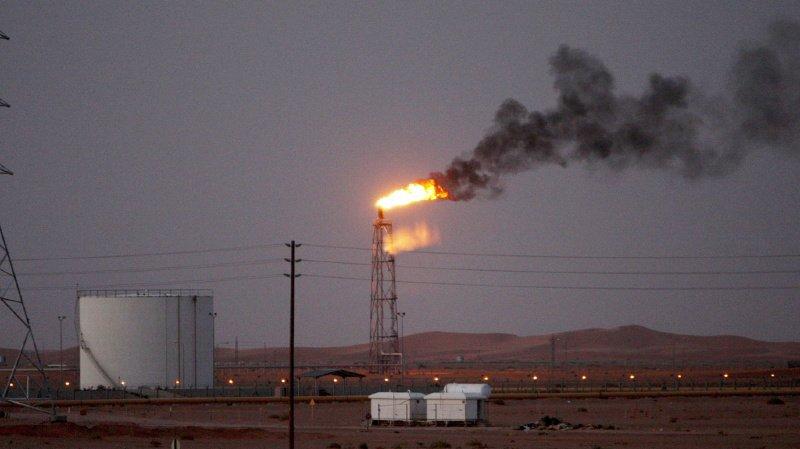 Hydrocarbures: les cours du pétrole grimpent de 10% après les attaques en Arabie saoudite
