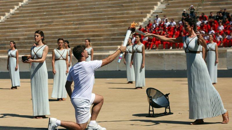 Le symbole par excellence de l'olympisme à travers le monde a été allumé selon le rite traditionnel, mardi à Athènes.