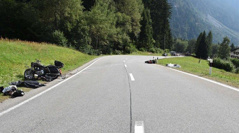 Grisons: deux motocyclistes meurent dans un accident à Vicosoprano