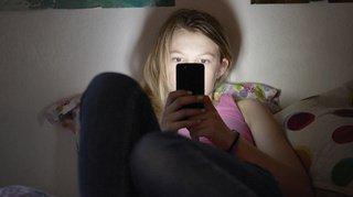Justice: peine réduite pour un homme de 30 ans accusé de sexting avec une ado de 14 ans