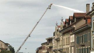 Immeuble en feu à Romont (FR): un mort