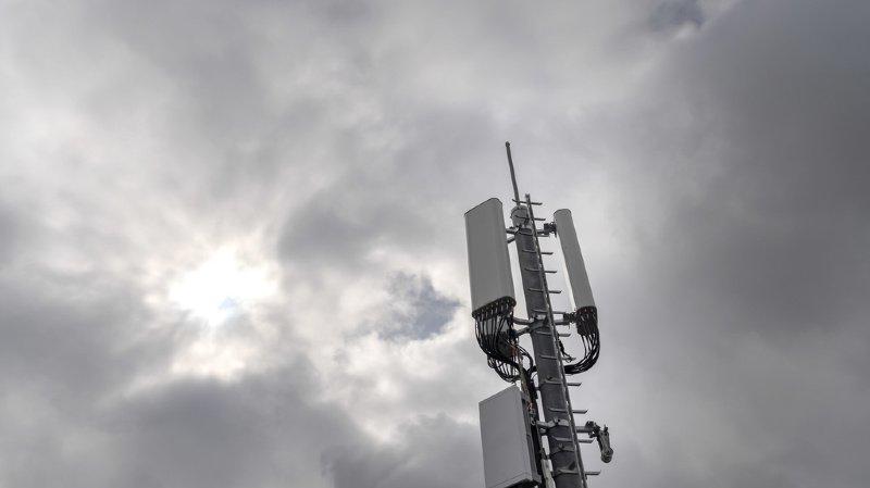 Télécommunications: une pétition de 40'000 signatures déposées à Berne pour un moratoire sur la 5G