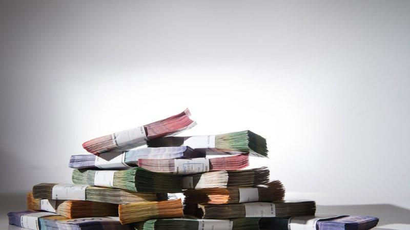 Armasuisse, l'Office fédéral des constructions et de la logistique et l'Office fédéral des routes ont réglé la facture dans 86% des cas.