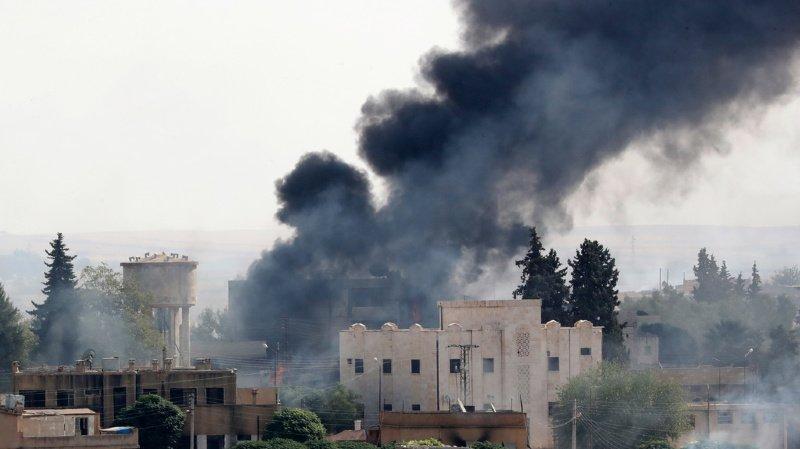 Les Etats-Unis haussent le ton face à la Turquie qui poursuit son offensive dans le nord de la Syrie.