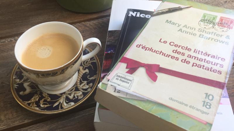 Café-lecture de la bibliothèque de Begnins