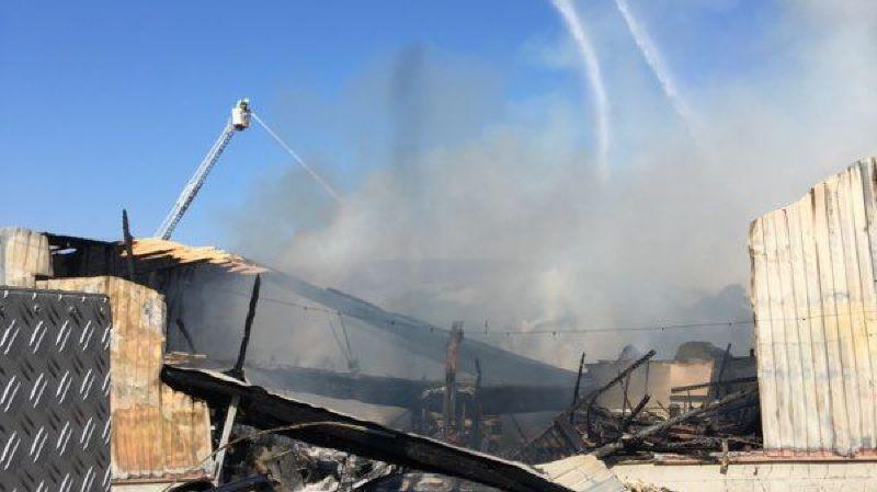 L'incendie s'est déclaré en fin de matinée.