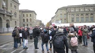 Les vignerons des «raisins de la colère» manifestent à Berne