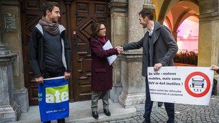 Vaud: une pétition contre les «4x4» et «SUV» déposée à Lausanne
