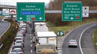 Transport de marchandises: les camions toujours plus nombreux sur les routes suisses